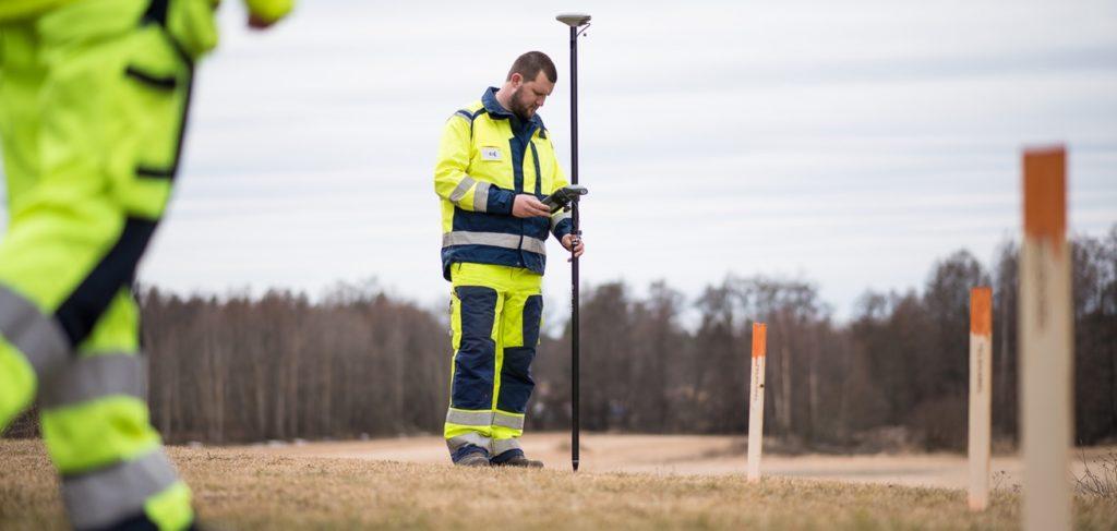 Geomatikks inmätare/mättekniker förebygger avbrott på el, telefoni och internettrafik.